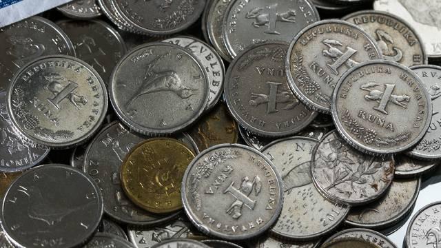 Provalili u automat za svijeće na groblju pokrali kovanice