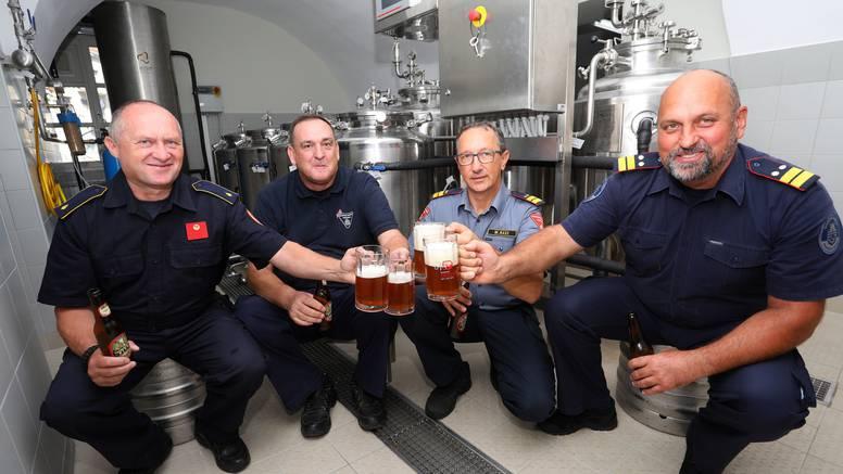 Karlovački vatrogasci osmislili svoje pivo, stižu i na Advent: 'Ovo će nam biti zaštitni znak'