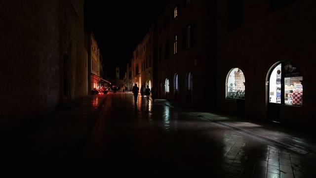I Dubrovnik se priključio svjetskoj akciji  Sat za planet Zemlju