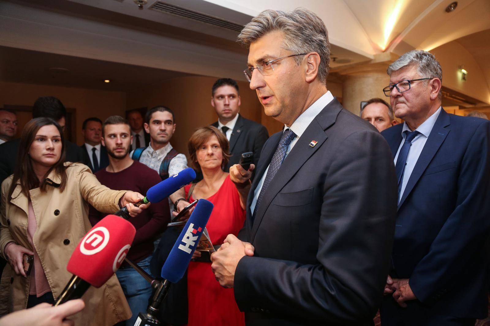 Zagreb: Humanitarna večera francusko-hrvatske trgovinske i industrijske komore
