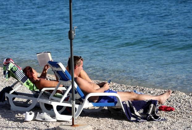 More u Primoštenu još je uvijek ugodno za kupanje