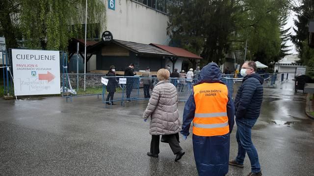 Cijepljenje građanja na Zagrebačkom velesajmu