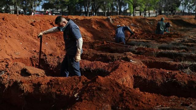 Brutalna kazna: Tko ne bude nosio masku morat će kopati grobove žrtvama korona virusa