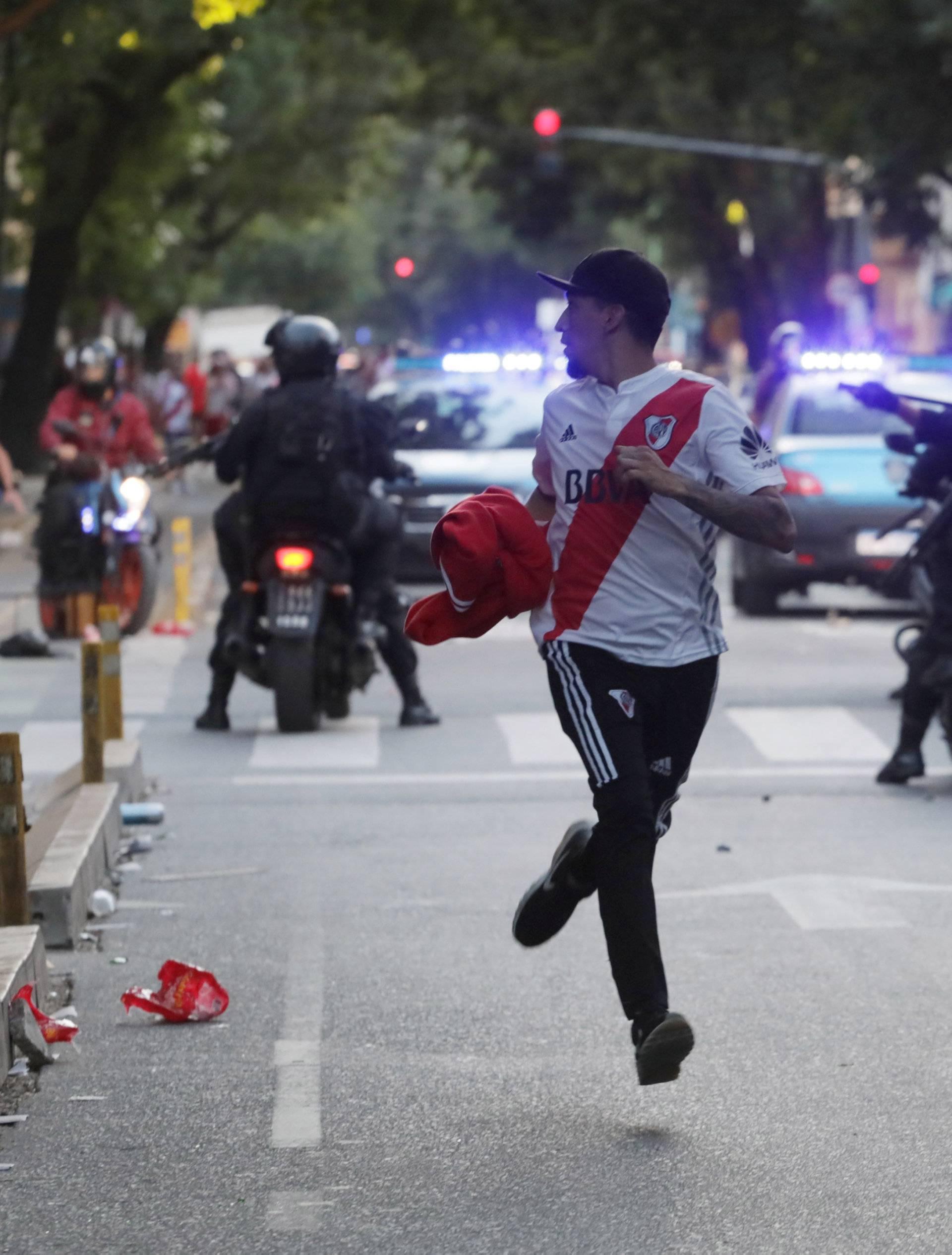Soccer Football - Copa Libertadores Final - Second leg - River Plate v Boca Juniors