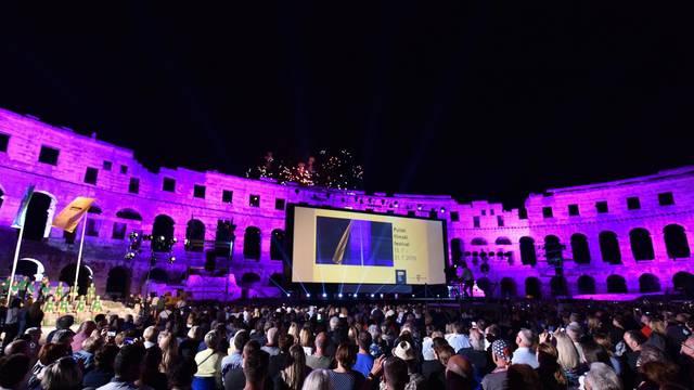 Pula: Predsjednica na otvorenju Pulskog filmskog festivala uz tradicionalni vatromet