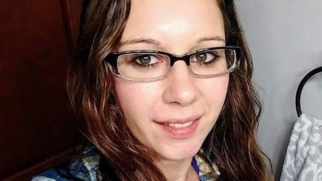 Ustrijelila troje djece iz lovačke puške, pa presudila samoj sebi