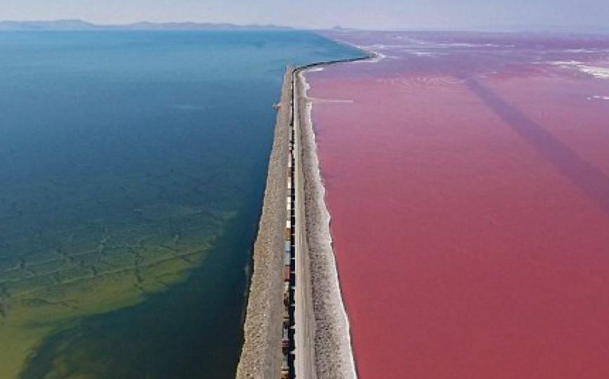 Neobično jezero snimljeno iz zraka: Slanije je i od oceana!
