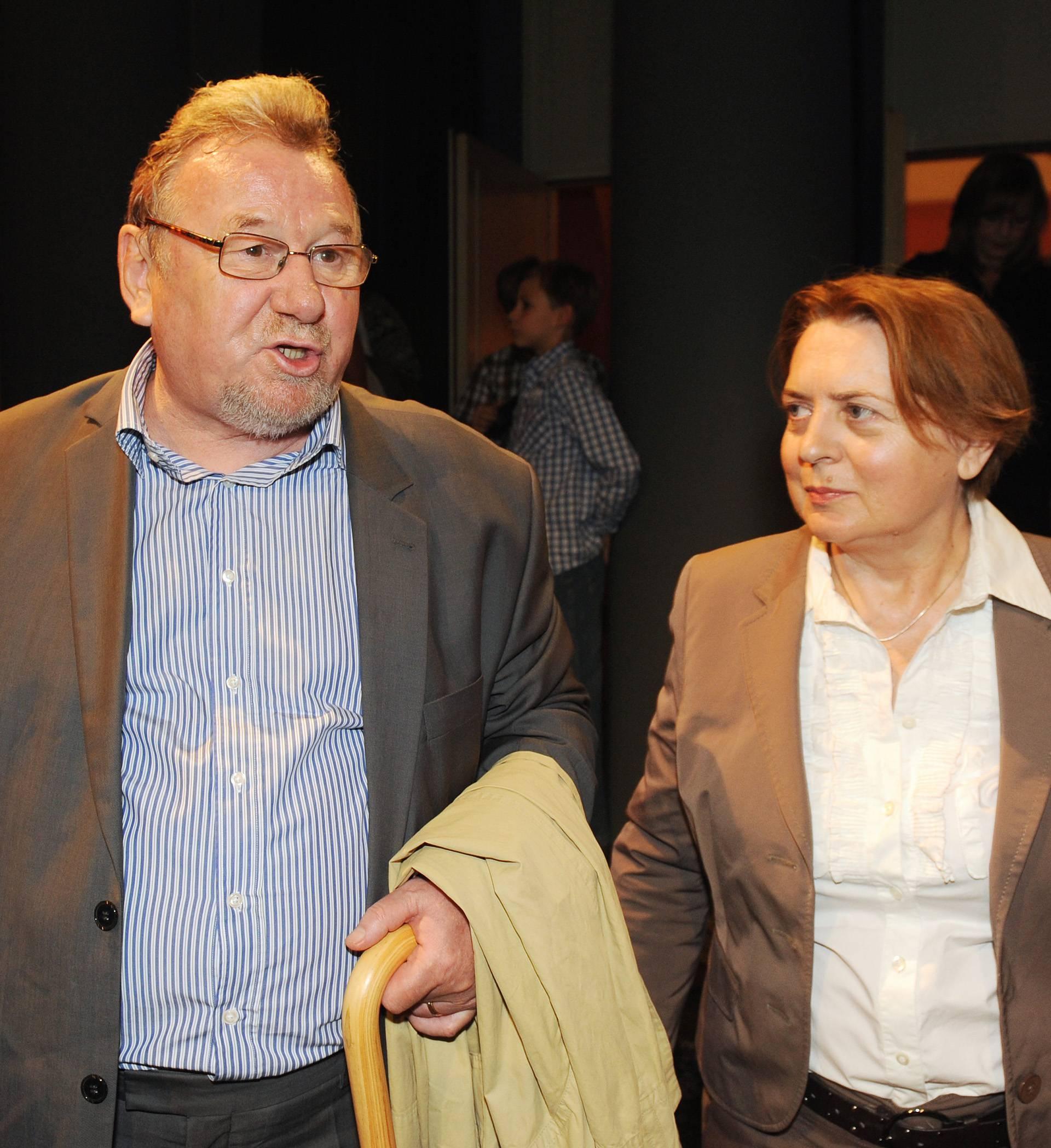 Velika tuga u obitelji: Vladimiru Šeksu preminula supruga (67)