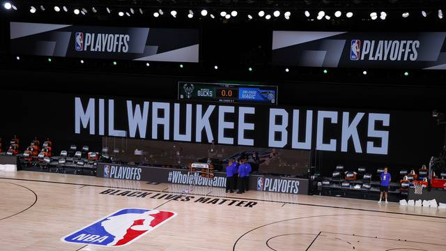 NBA: Playoffs-Orlando Magic at Milwaukee Bucks