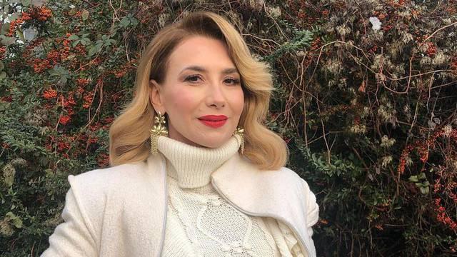 Ecija Ojdanić je usred pandemije otputovala: Ni majka ni svekrva sad ne razgovaraju sa mnom...