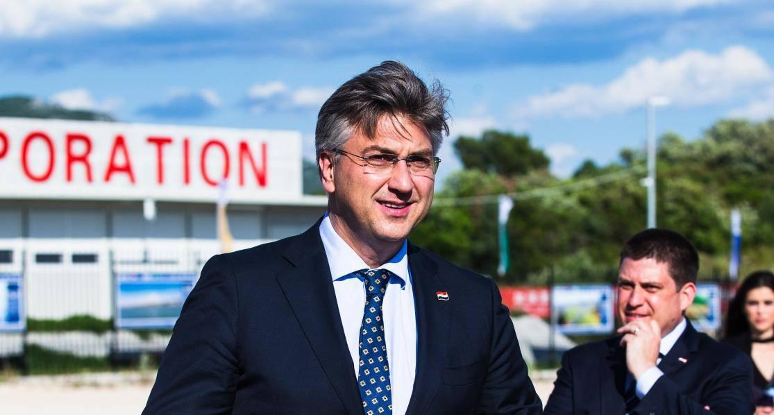 Predsjednik Vlade Andrej Plenković posjetio je gradilište Pelješkog mosta