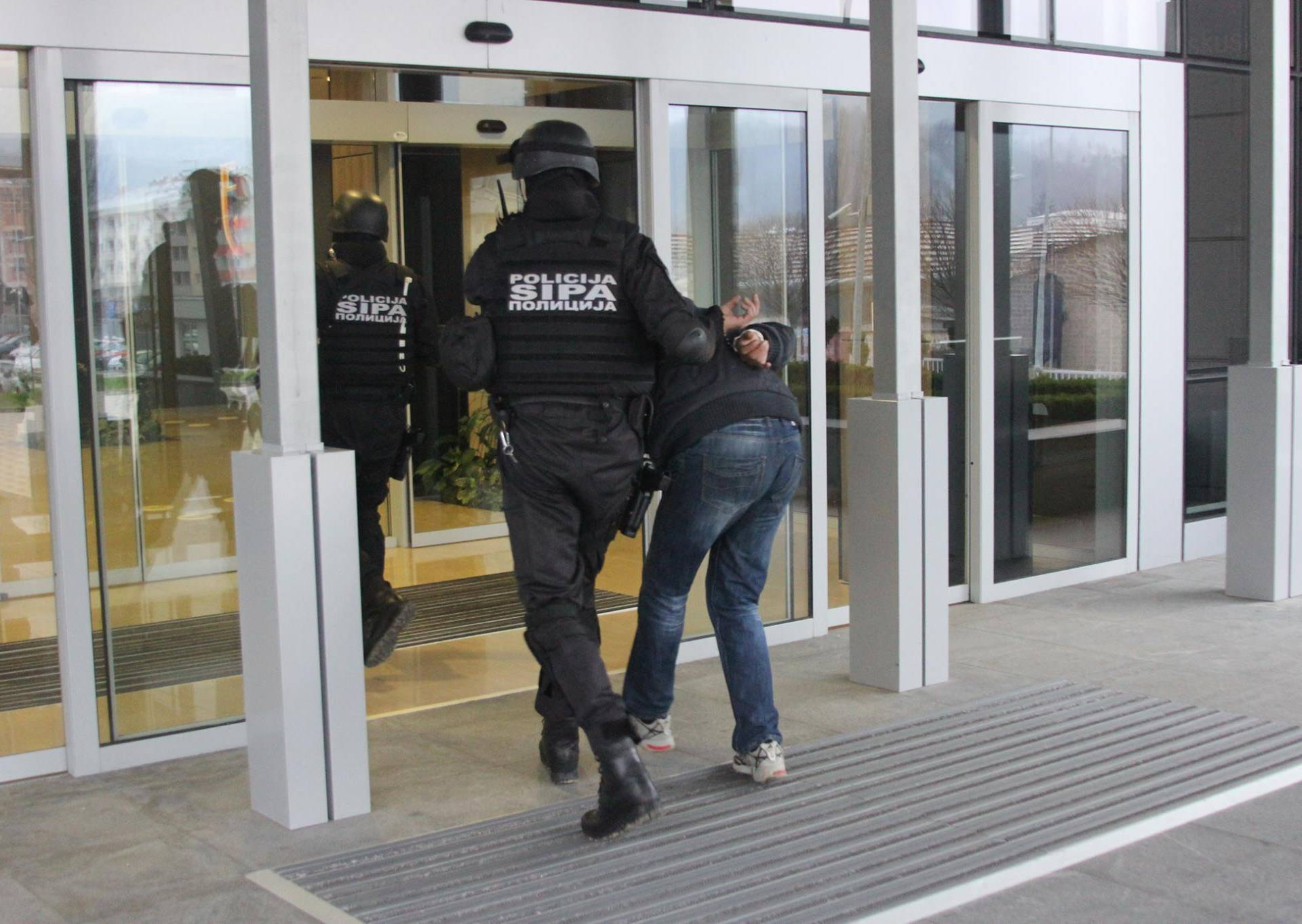 Dvojica uhićenih zbog ratnih  zločina nad civilima u Prijedoru