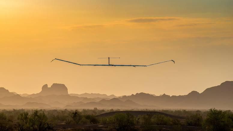 Solarni avion mogao bi ostati mjesecima u zraku i osigurati internet za milijarde ljudi