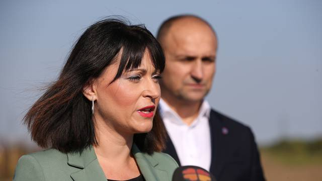 Osijek: Ministrica Tramišak obišla je gradilište Gospodarskog centra