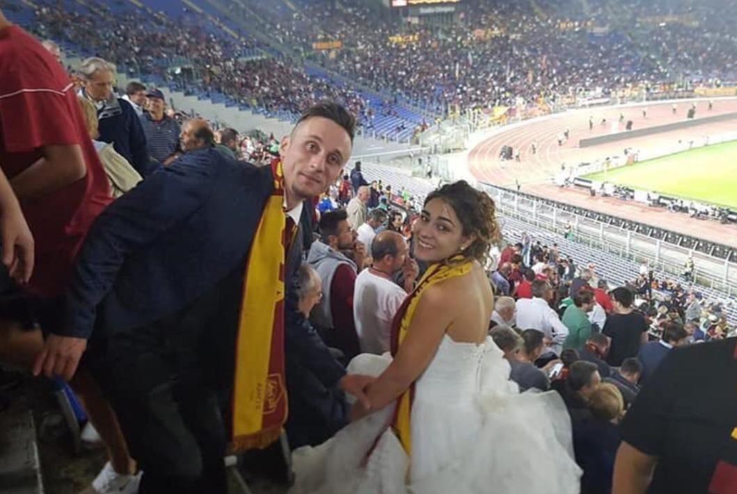 Mladenci iz crkve na Olimpico: U vjenčanici navijala za Romu