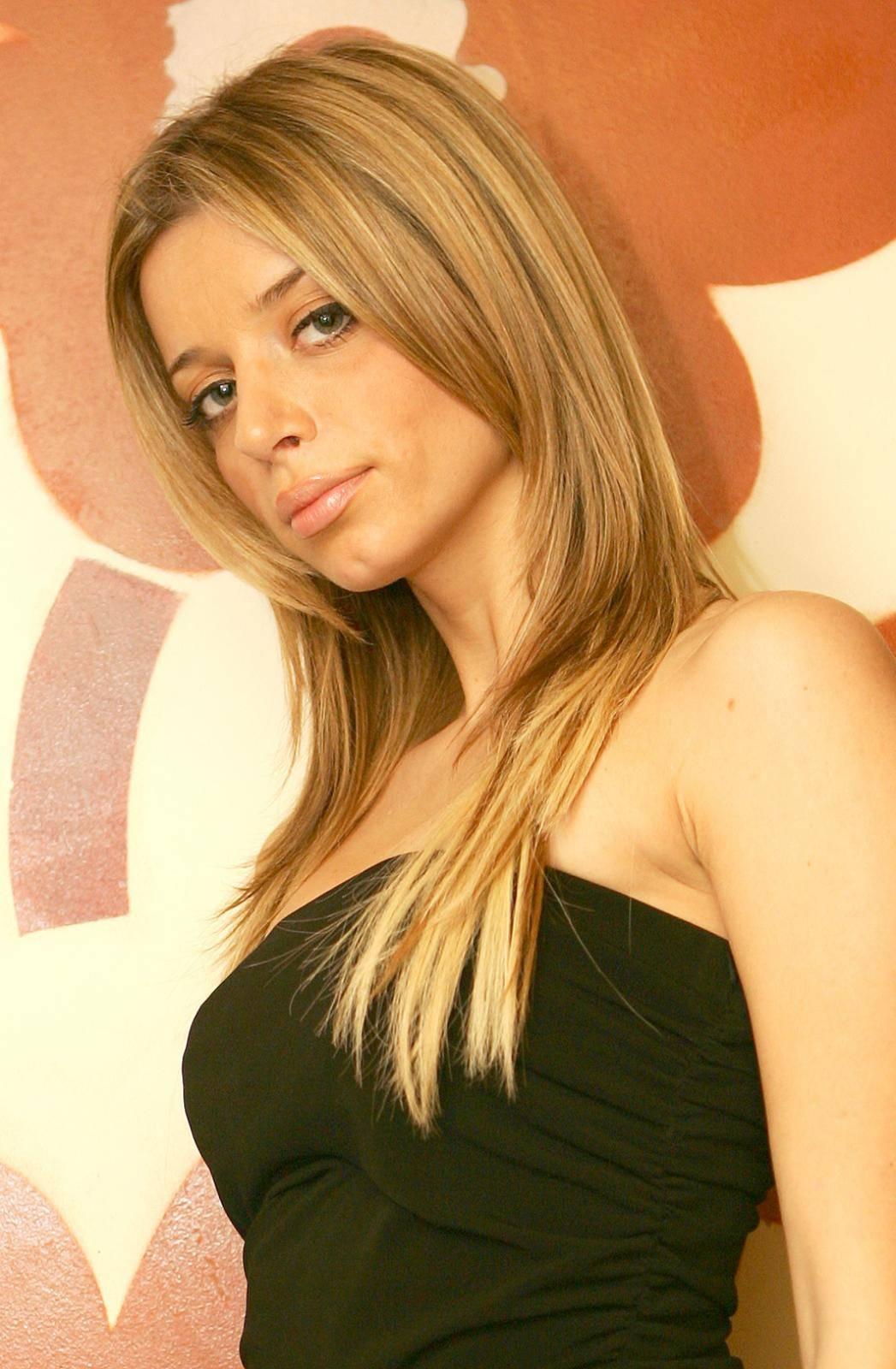 Proslavila se u Red Carpetu, radila s Ronaldom i Modrićem, a onda se preselila u Španjolsku