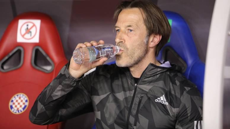 Tramezzani protiv klupskog pravilnika: Nosi Adidas jaknu, a sponzor Hajduka je - Macron