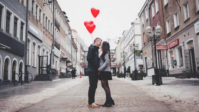 Najbolji pokloni za Valentinovo ispod 50 kuna!