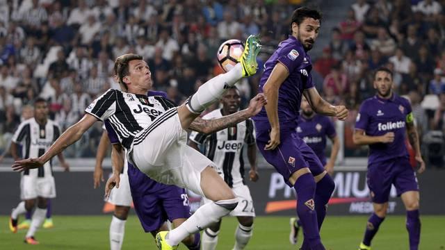 Football Soccer - Juventus v Fiorentina - Italian Serie A