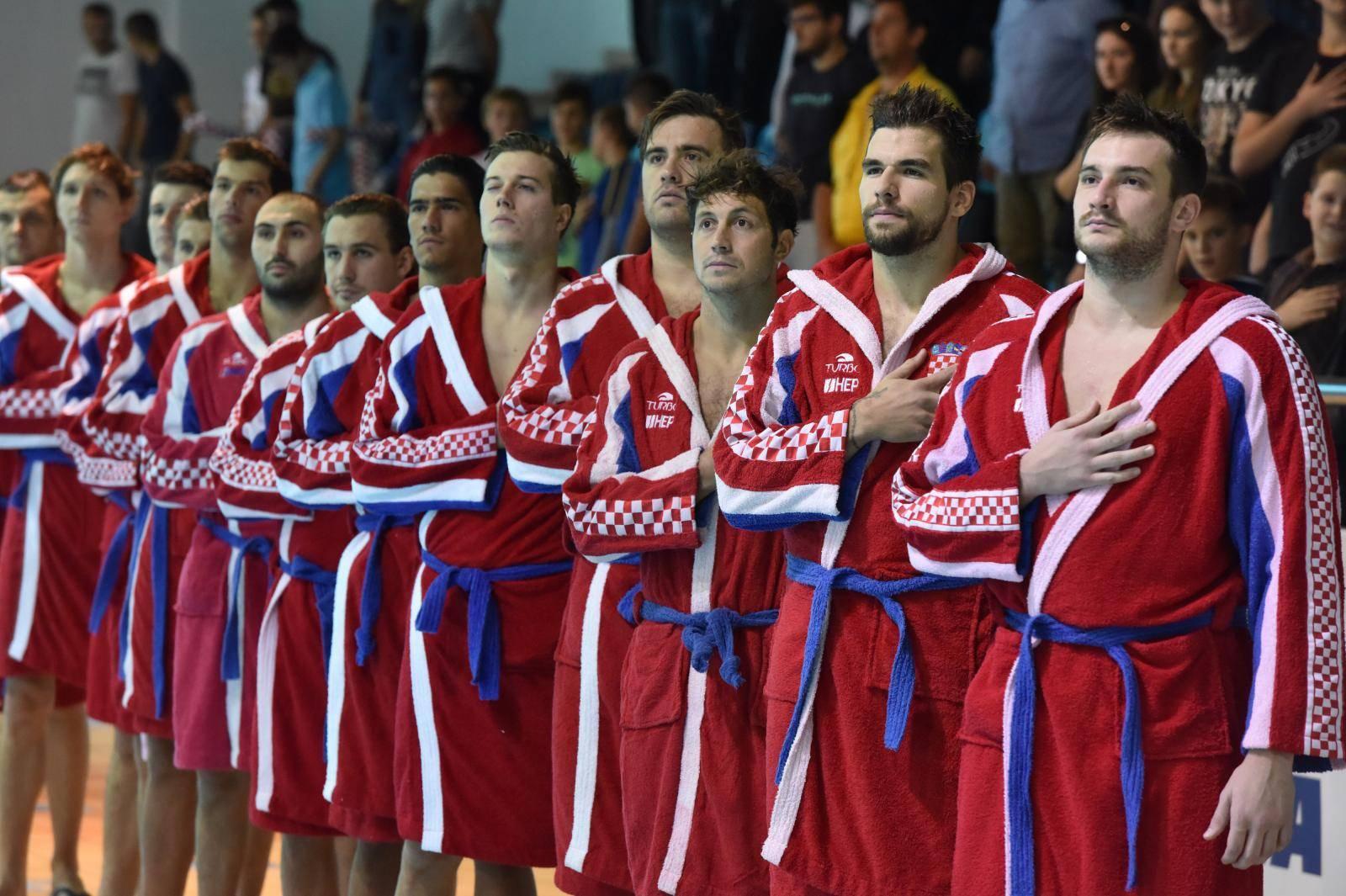 Nema novogodišnjeg poklona: Srbija ipak bolja od Hrvatske