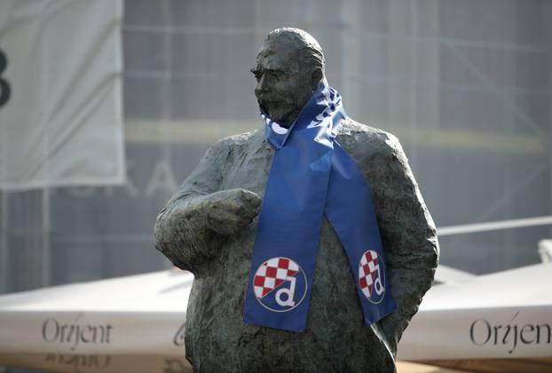 Zagreb: I kip Stjepana Radića danas je veliki navijač Dinama