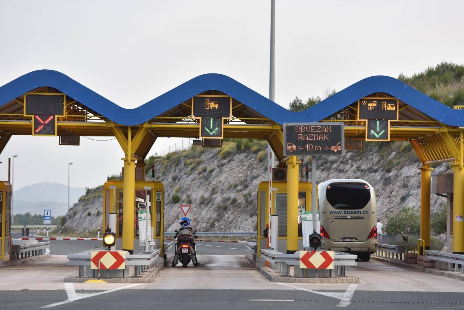 Od ponoći 15. lipnja do 15. rujna na snazi su nove i veće cijene cestarine
