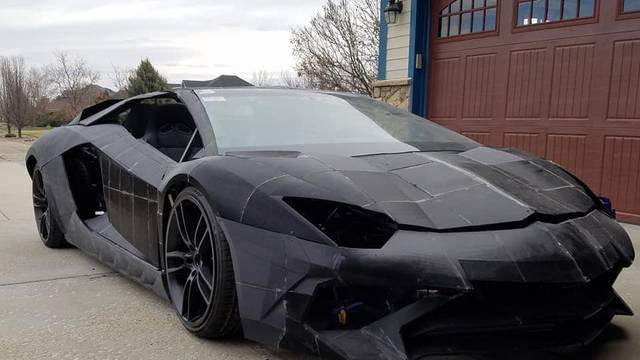 Otac i sin u dvorištu si printaju auto: Imat će novi Lamborghini