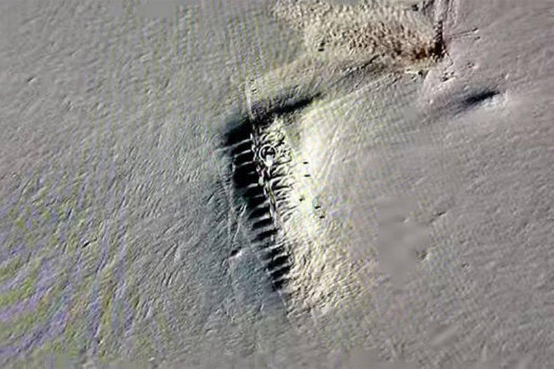Nakon topljenja leda ukazao se čudan objekt, ne znaju što je...