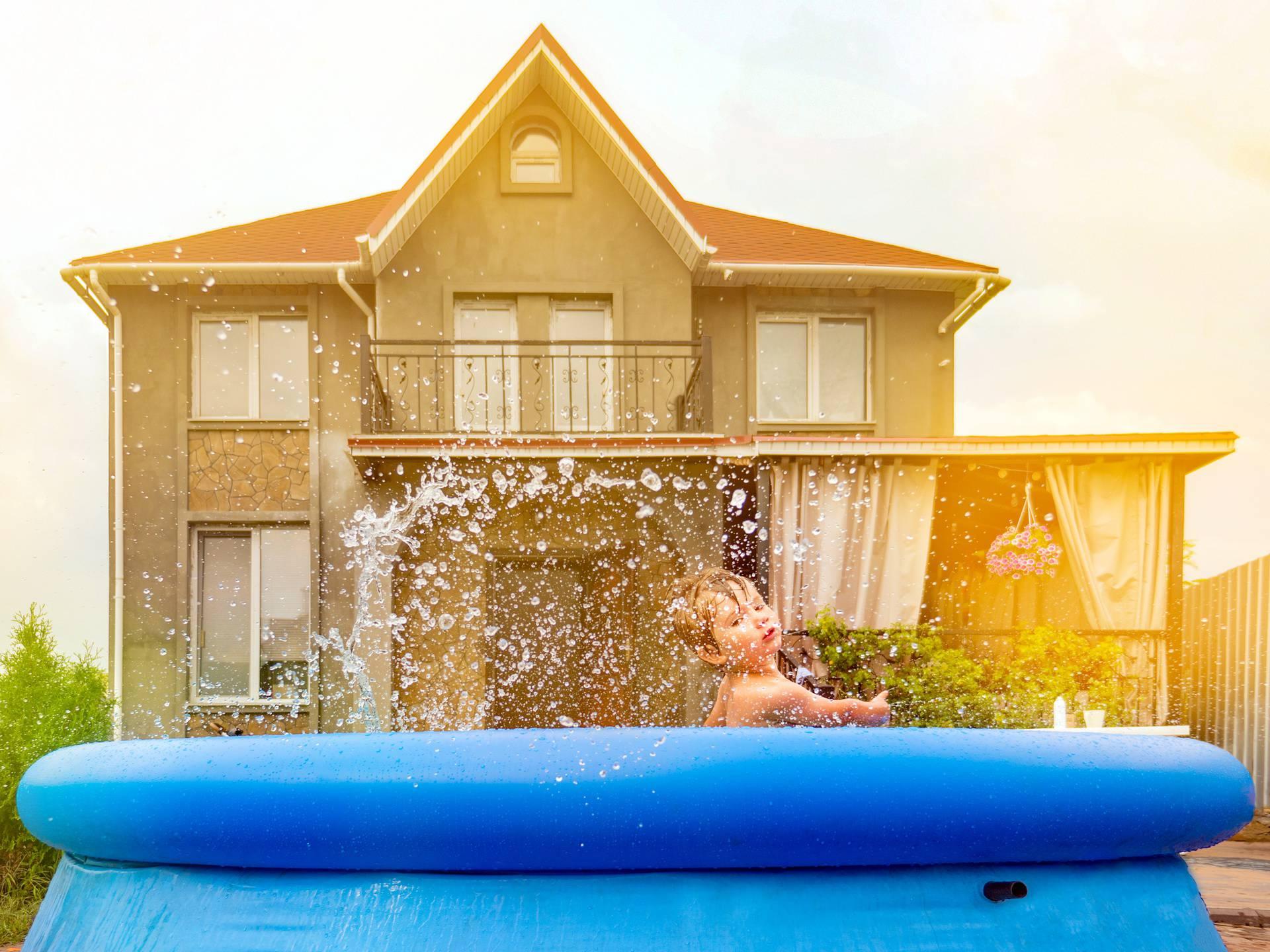 Sigurnost djece u bazenu: Nije dovoljno biti pored njih, roditelj treba biti neprestano uključen