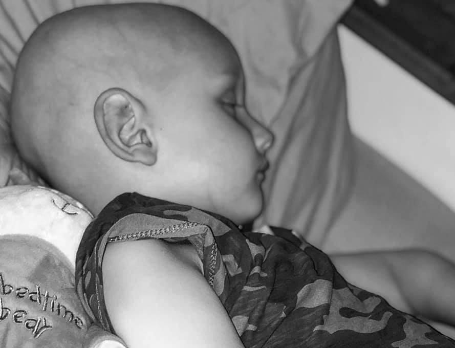 'Sin će mi umrijeti za 14 dana, spasiti ga može milijun funti...'
