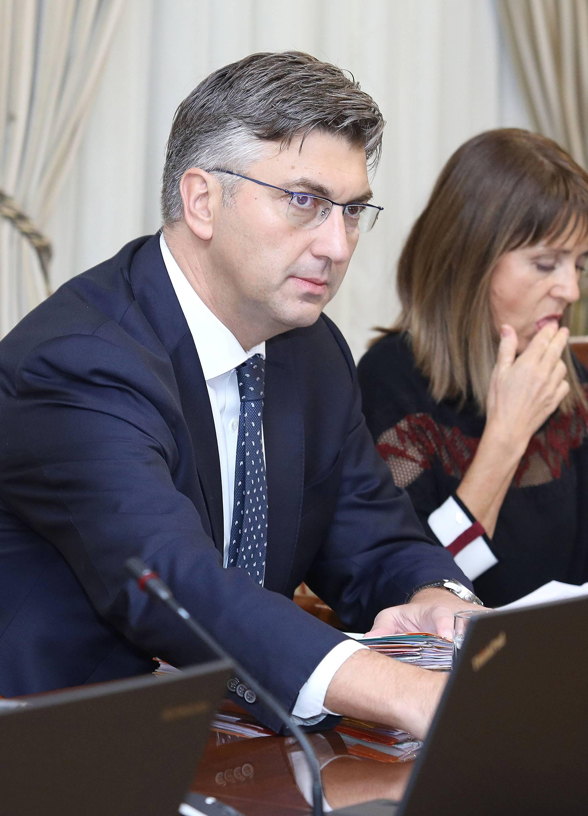 Zagreb: Vlada sjednicu počela raspravom o prijedlogu zakona o zdravstvenoj zaštiti