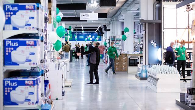 Prvi hrvatski trgovački lanac u većem prostoru otvorio novi prodajni centar u Makarskoj