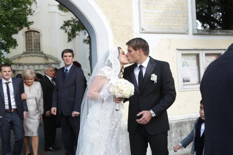 Vjenčali se Ognjen Vukojević i Andreja Ćupor, kum da Silva