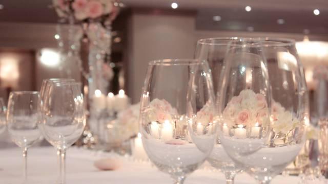 Svadbena svečanost u Zagrebu i medeni mjesec u Dubrovniku