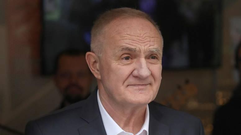 Mate Bulić je u bolnici: 'Prima kisik, pozitivan je na koronu...'