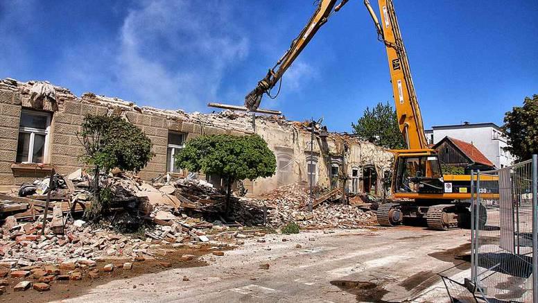 Zahtjev za obnovu podnijelo je i 130 ljudi koji nemaju prijavljeno prebivalište u Petrinji