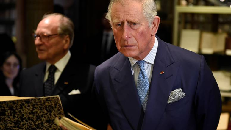 Frend princa Charlesa: Netflix trola kraljevsku obitelj serijom
