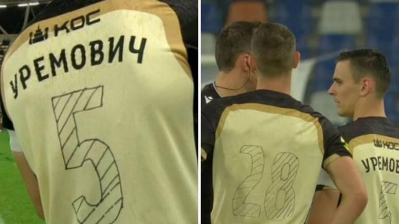 Kakve li lakrdije: Uremoviću i društvu s dresova otpali brojevi pa ih nacrtali flomasterom!?