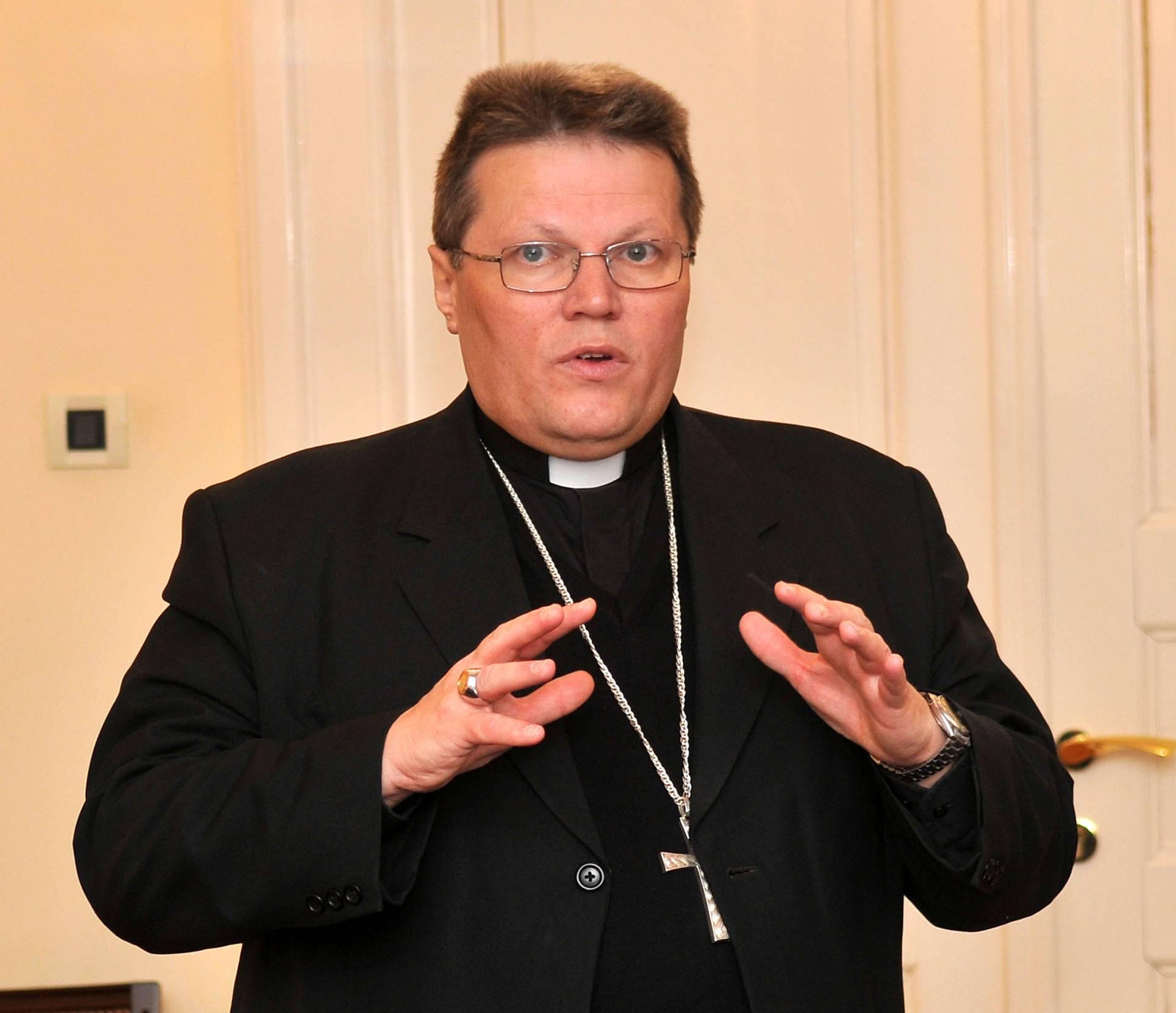 Biskupi dakovacksrijemske metropolije u Pozegi