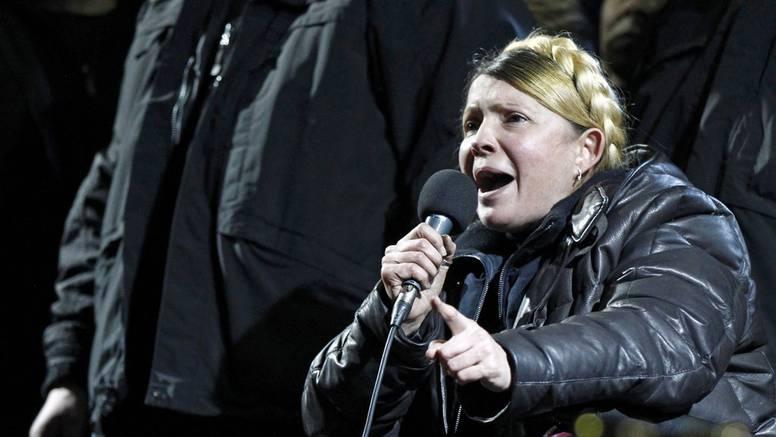 Timošenko Ukrajincima: Vi ste promijenili sve, ne idite s trga!