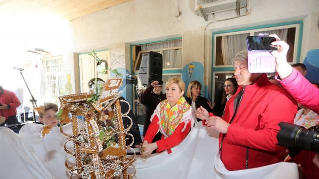 Predsjednica Kolinda Grabar-Kitarović u obilasku otoka Lošinj, Susak, Vele Srakane i Unija