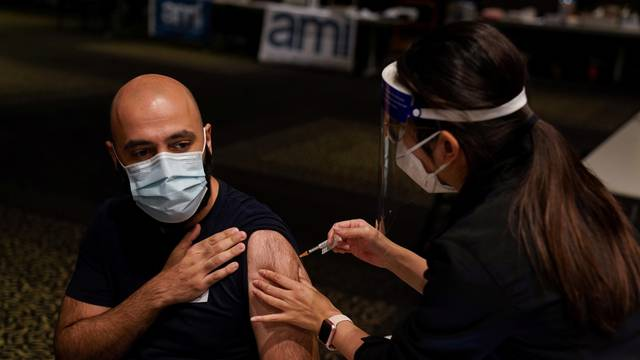 FILE PHOTO: Push to increase vaccination rates continues as COVID-19 lockdown affects Sydney