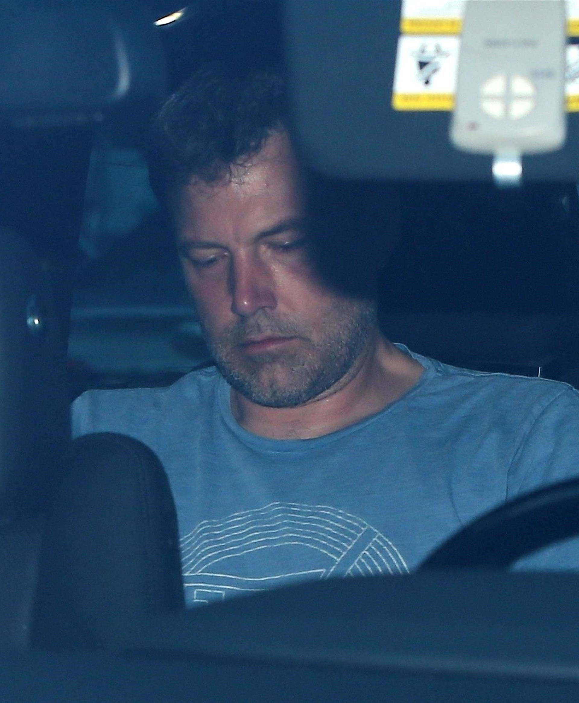 Jennifer Garner shows up to rescue Ben Affleck and check him into rehab!