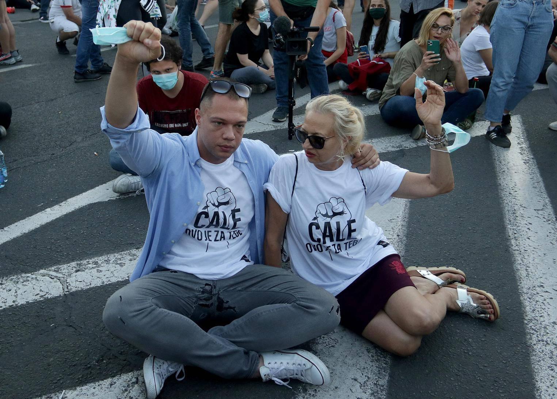 Đurić s majicom 'Ćale' na novom prosvjedu: Borim se za pravdu, nitko se ne smije ljutiti na istinu