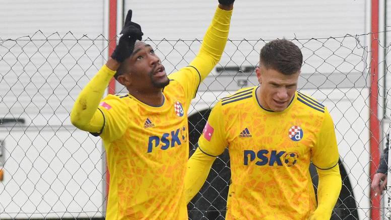 Dinamov Kamerunac Sunday zabio Nedeljancu u nedjelju...