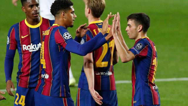 Champions League - Group G - FC Barcelona v Ferencvaros