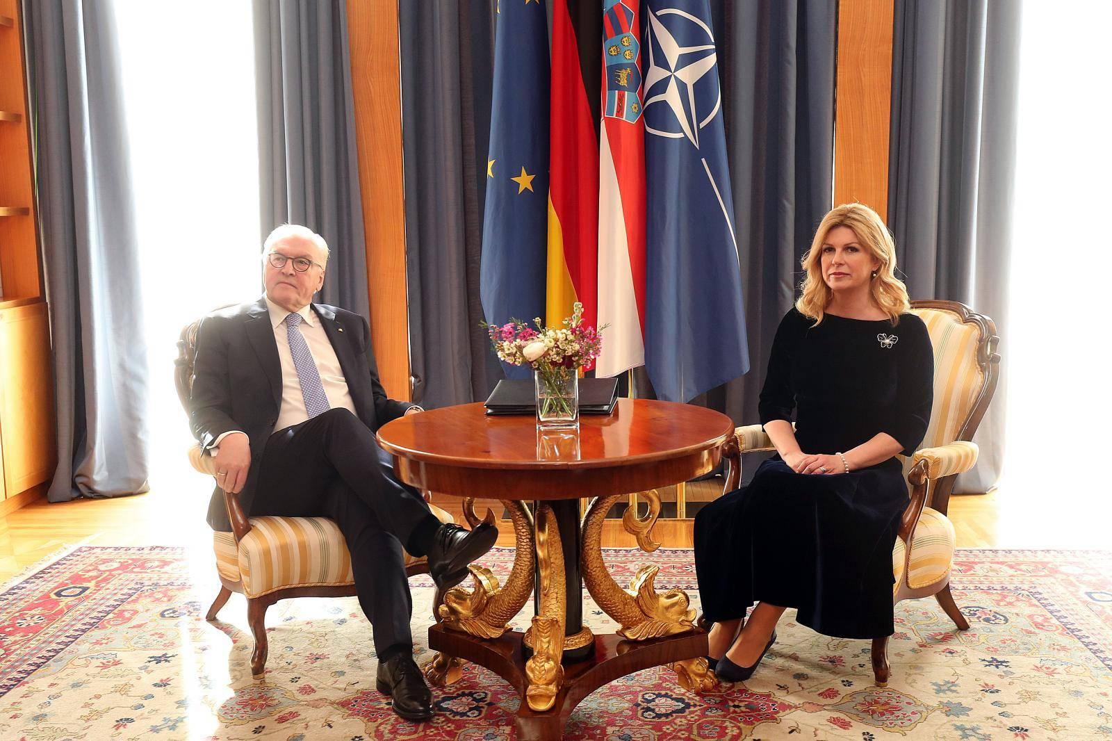Zagreb: Nakon fotografiranja održan tete-a-tete razgovor predsjednika Njemačke i Hrvatske