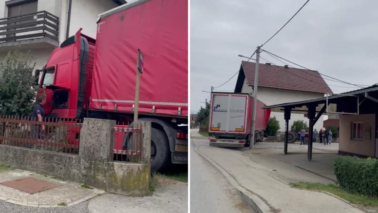 Kamion sletio s ceste i zabio se direktno u kuću: 'Izgledalo je strašno, zazivala sam Boga'