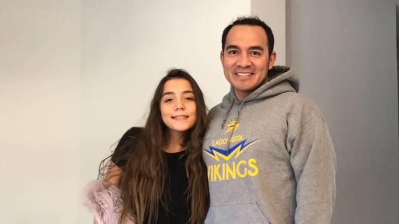 Kako je jedan samohrani otac preživio prvu mjesečnicu kćeri