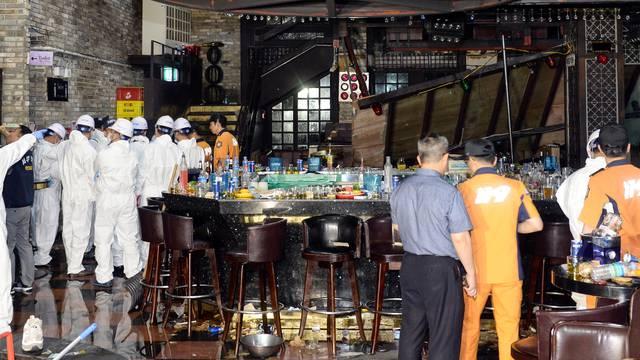 U klubu punom sportaša srušio se balkon, poginulo dvoje ljudi